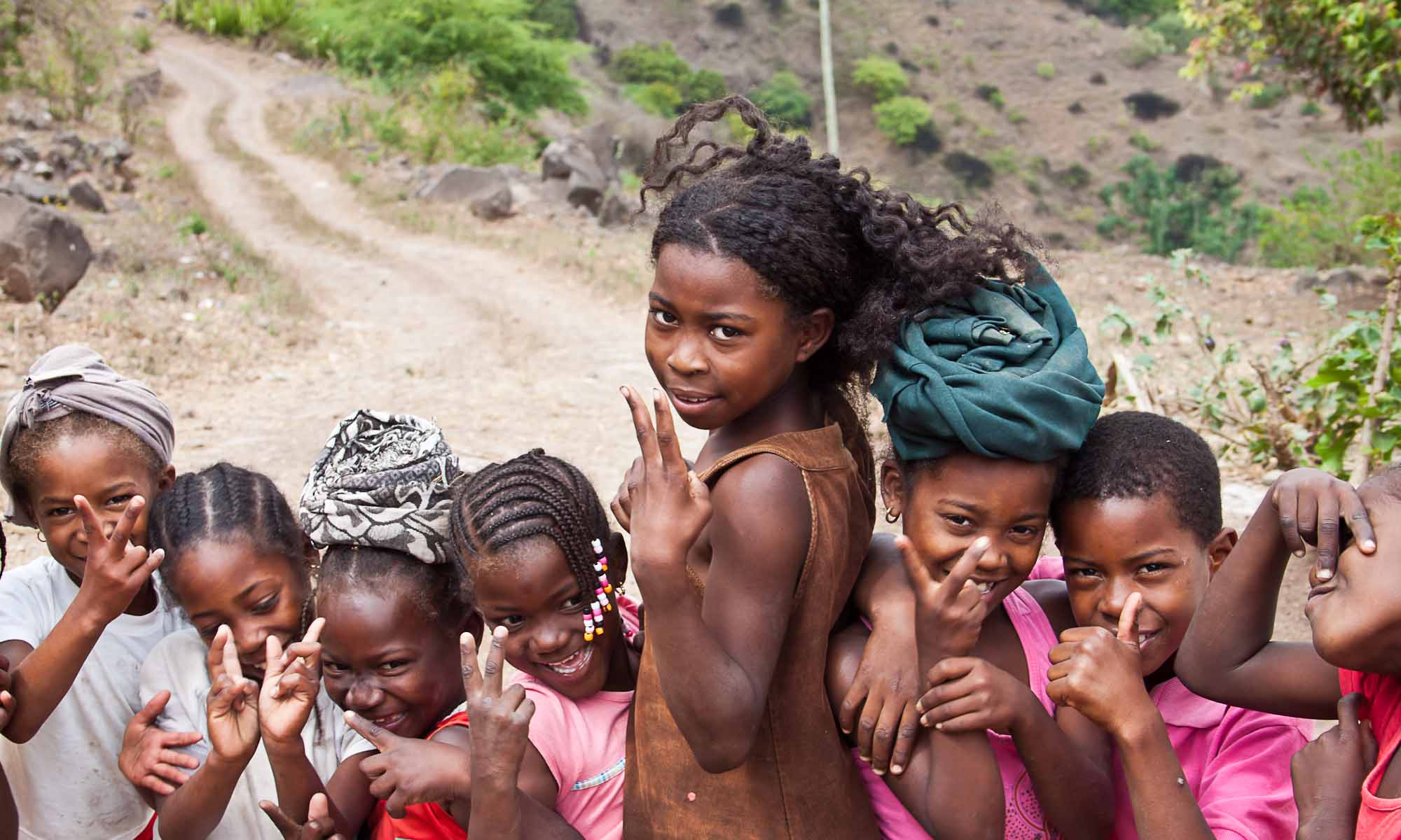 "Kinderen uit de streek ""Boga Larga Fundura""."