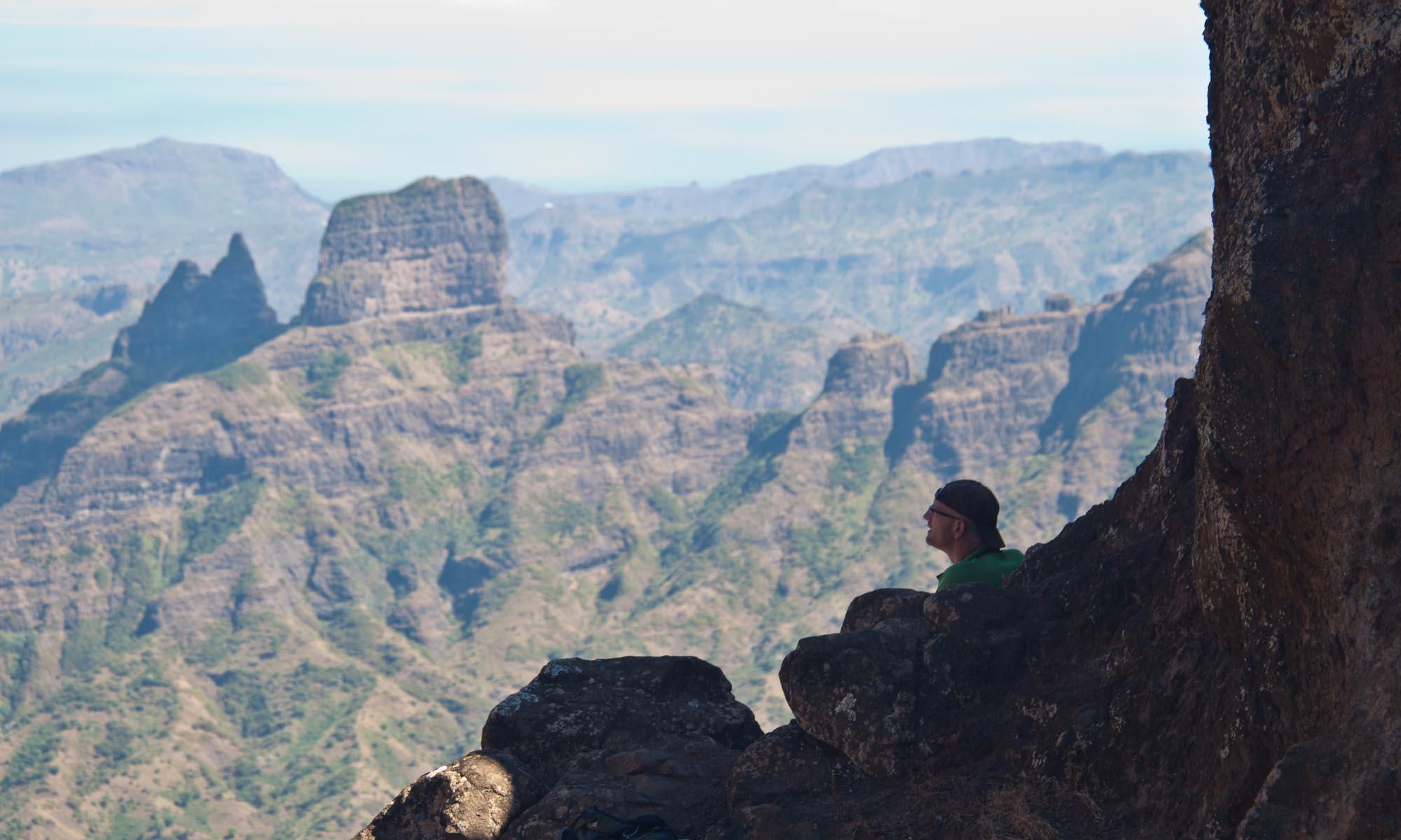 Vergezichten vanuit Riba Achade, onderweg naar Pico d'Antonio